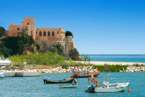 2015-03-31-1427831862-6506875-AlgarveBoatsBig