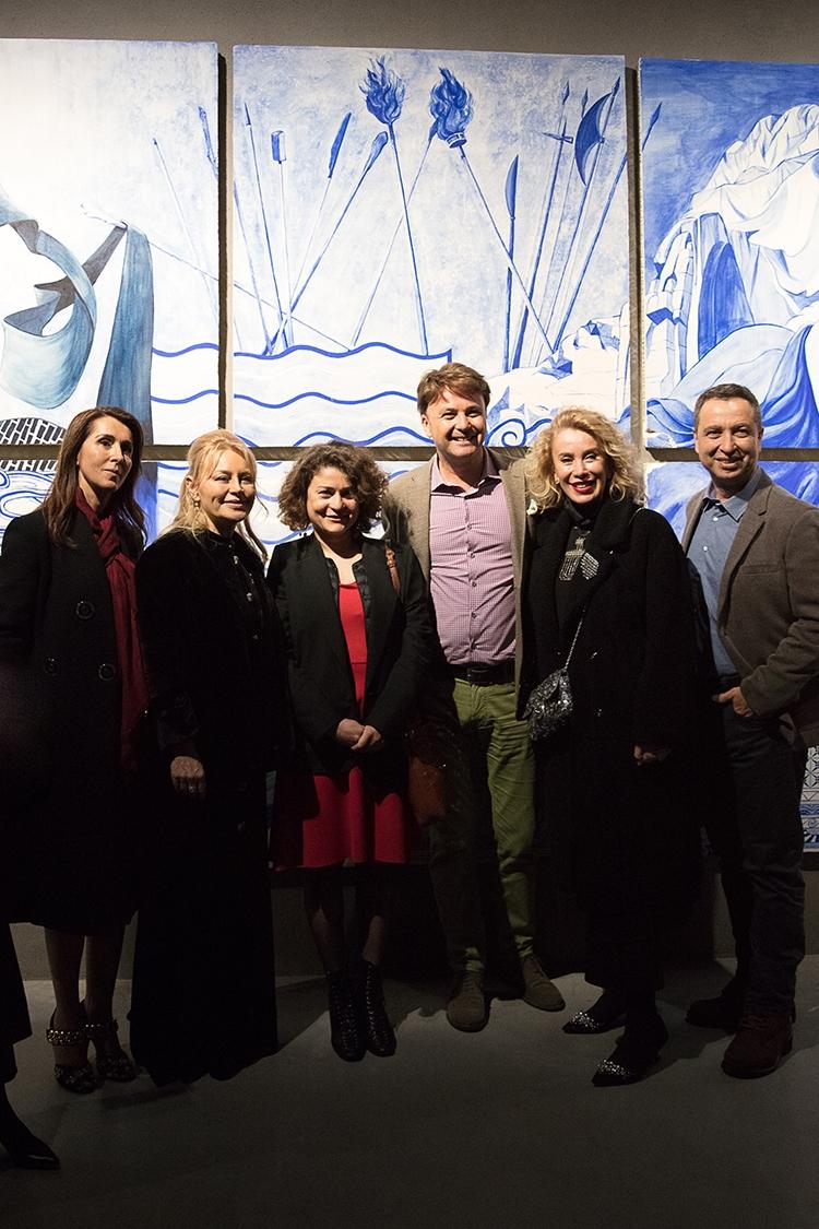 Türk sanatçılarına destek