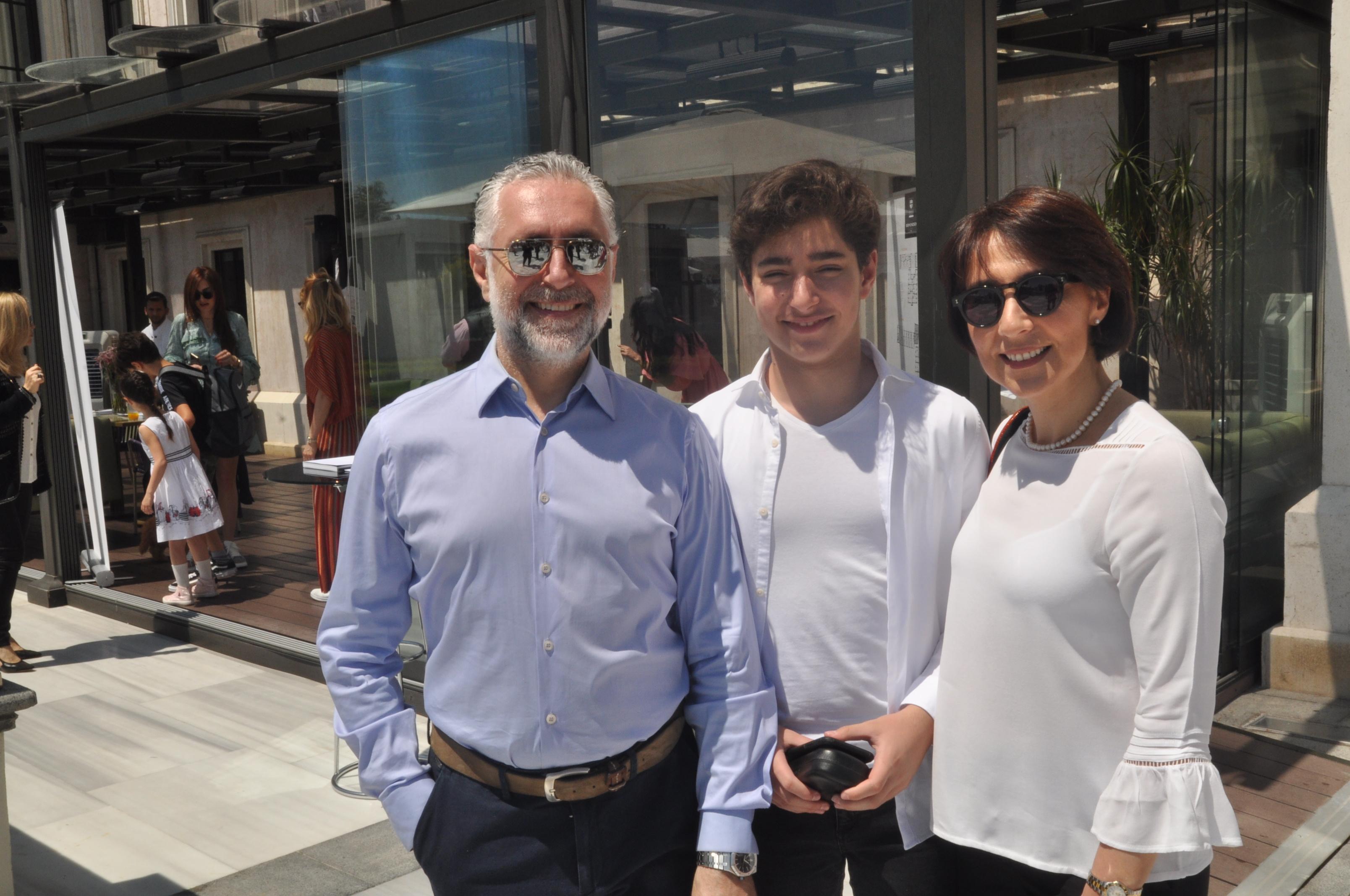 Op.Dr. FatihŞirin&Ailesi