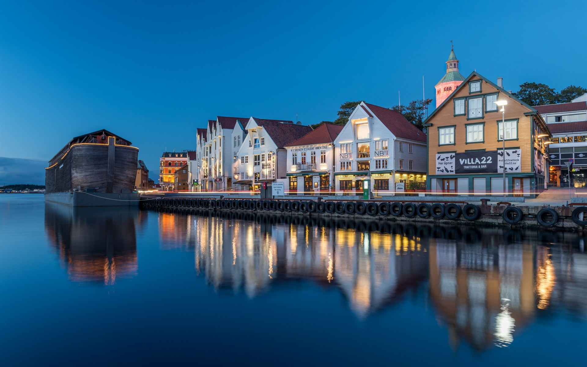 Norway-Stavanger-Rogaland-houses-river-lights-evening_1920x1200