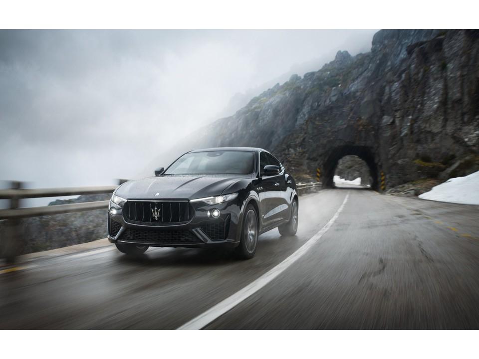 2020_Maserati_Levante_4