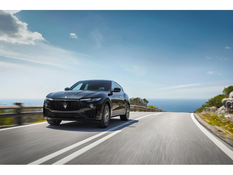 2020_Maserati_Levante_7