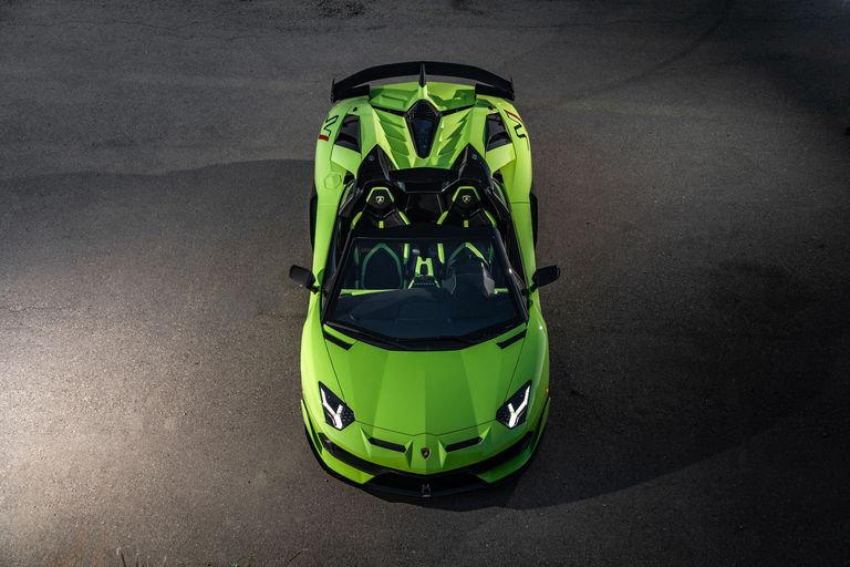 2020-lamborghini-aventador-svj-roadster-drive-132-1576871379