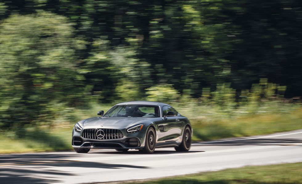 2020-mercedes-amg-gt-coupe-438-1581445295