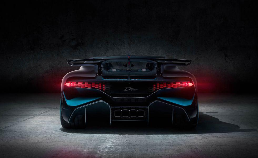 bugatti-divo-106-1535035004