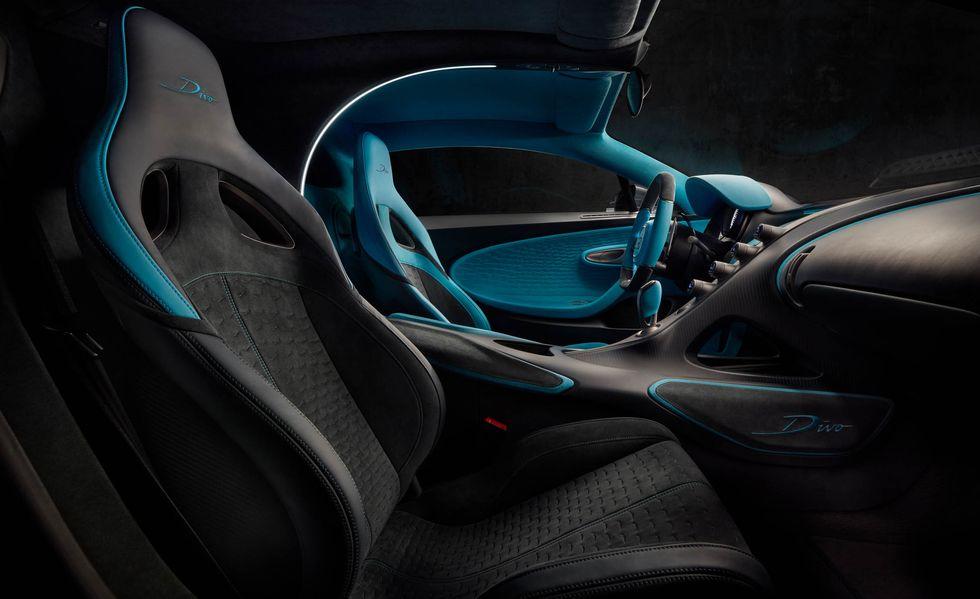 bugatti-divo-117-1535035006